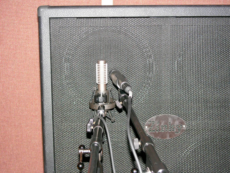 bass cabinet mic placement 1