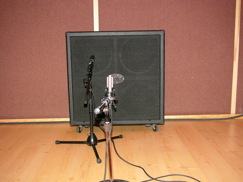gear 101 how to mic your guitar amp the mic the placement jeff capps. Black Bedroom Furniture Sets. Home Design Ideas